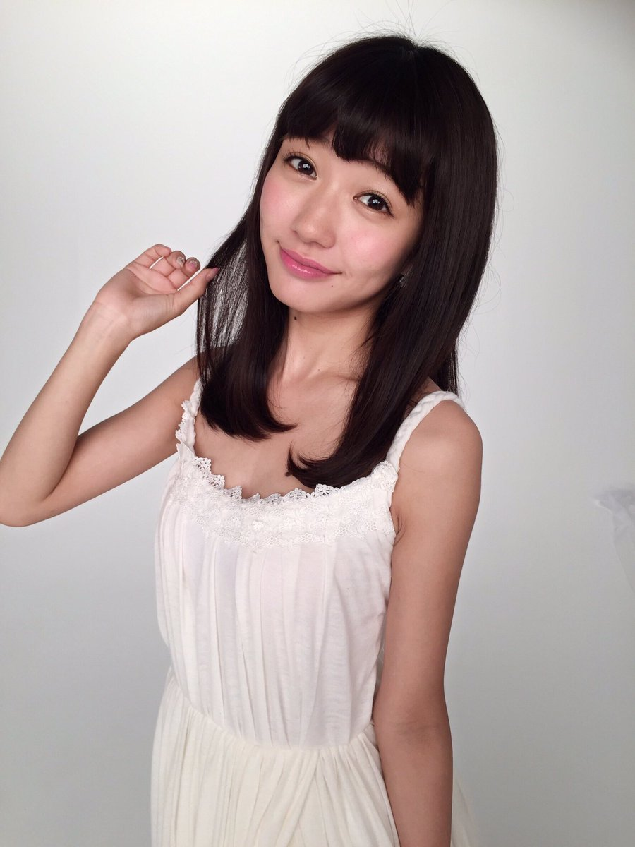 荻野可鈴さんの水着