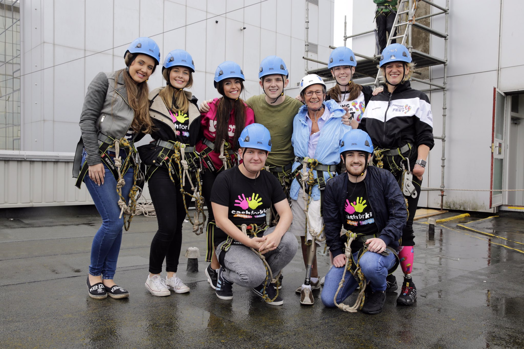 Had a great time on Friday supporting @clydecashforkid & @FYF_Charity at the charity zip slide! https://t.co/Afsemv2MRk