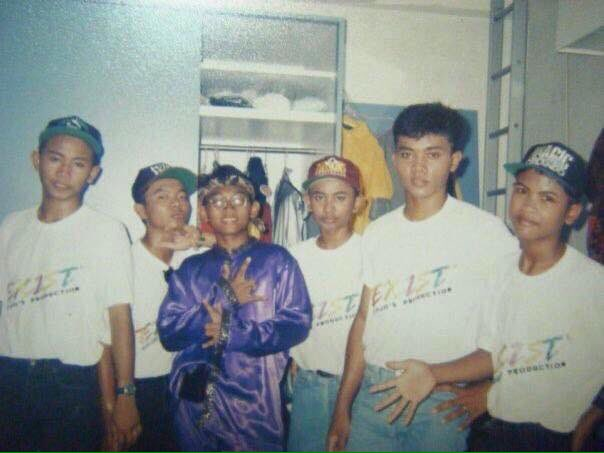 Uzivatel Memoir Muzik Malaya Na Twitteru Kumpulan Exist