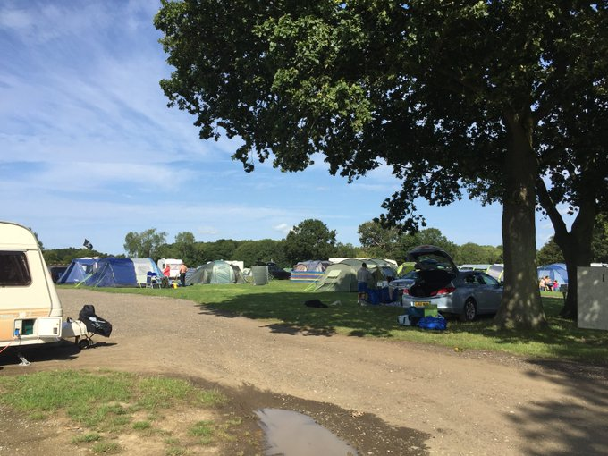 Make the most of the weather this #bankholiday #weekend and camp with us for only £24.75 per plot per night. https://t.co/Y7krzYeqoZ
