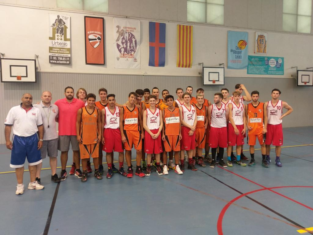 Fantastic outcome for our first international game, U18s won 69-67 @AEBoetMataro thanks for hosting 👏 https://t.co/0gZG7957kN