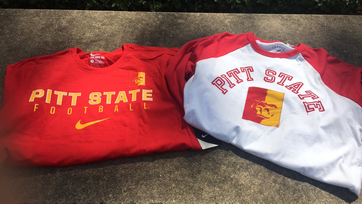 Day One = Success. Let's celebrate. RT for a chance at these, courtesy of @PittStateBooks! #GorillaGear #oagaag https://t.co/OBsGoU6fwj