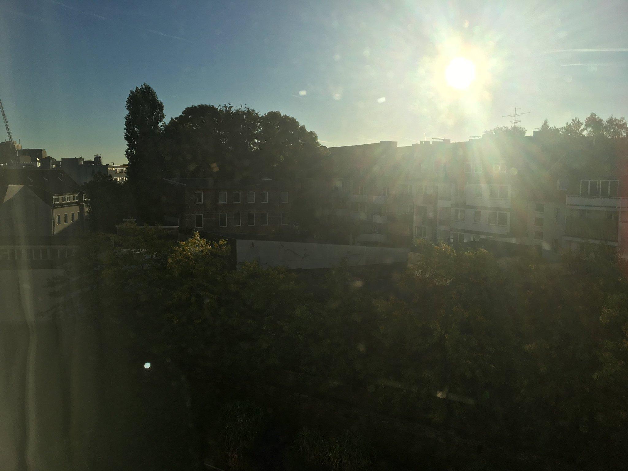 Guten Morge aus Essen #meurers #aussichtstweet https://t.co/YxrMLQ4BVf