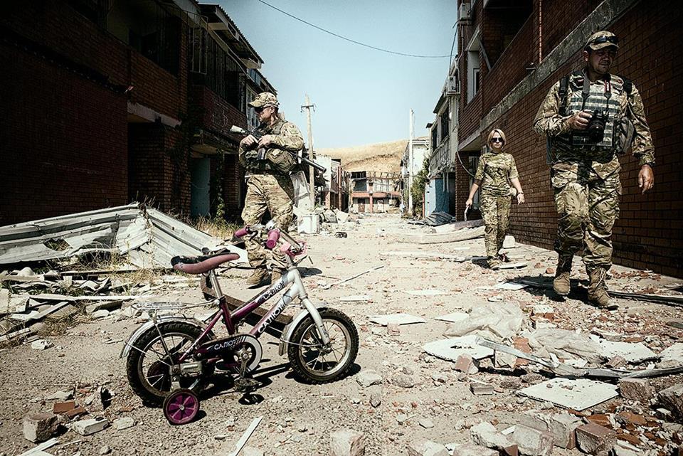 Пьяные террористы устроили обыск автомобилей патруля ОБСЕ, держа наблюдателей под прицелом пулемета - Цензор.НЕТ 312
