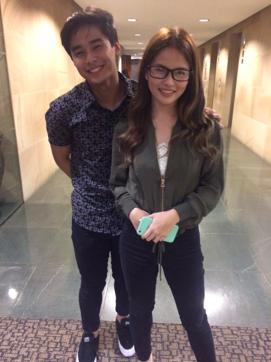 Pssst give him na his glasses @ElisseJoson