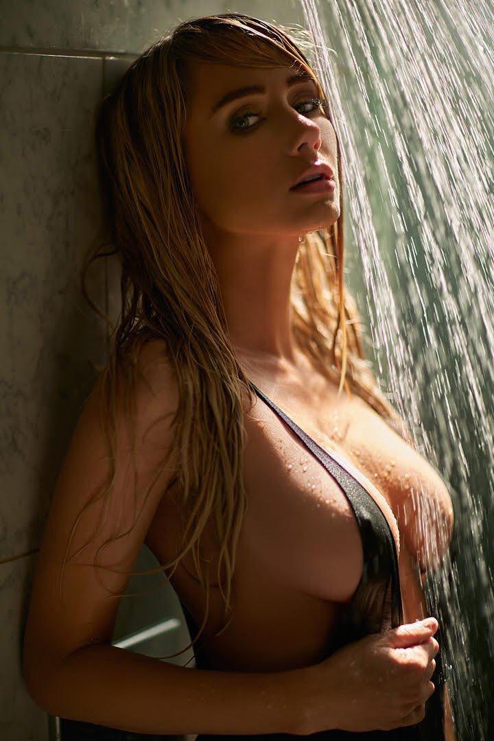 Wet Nipples 62
