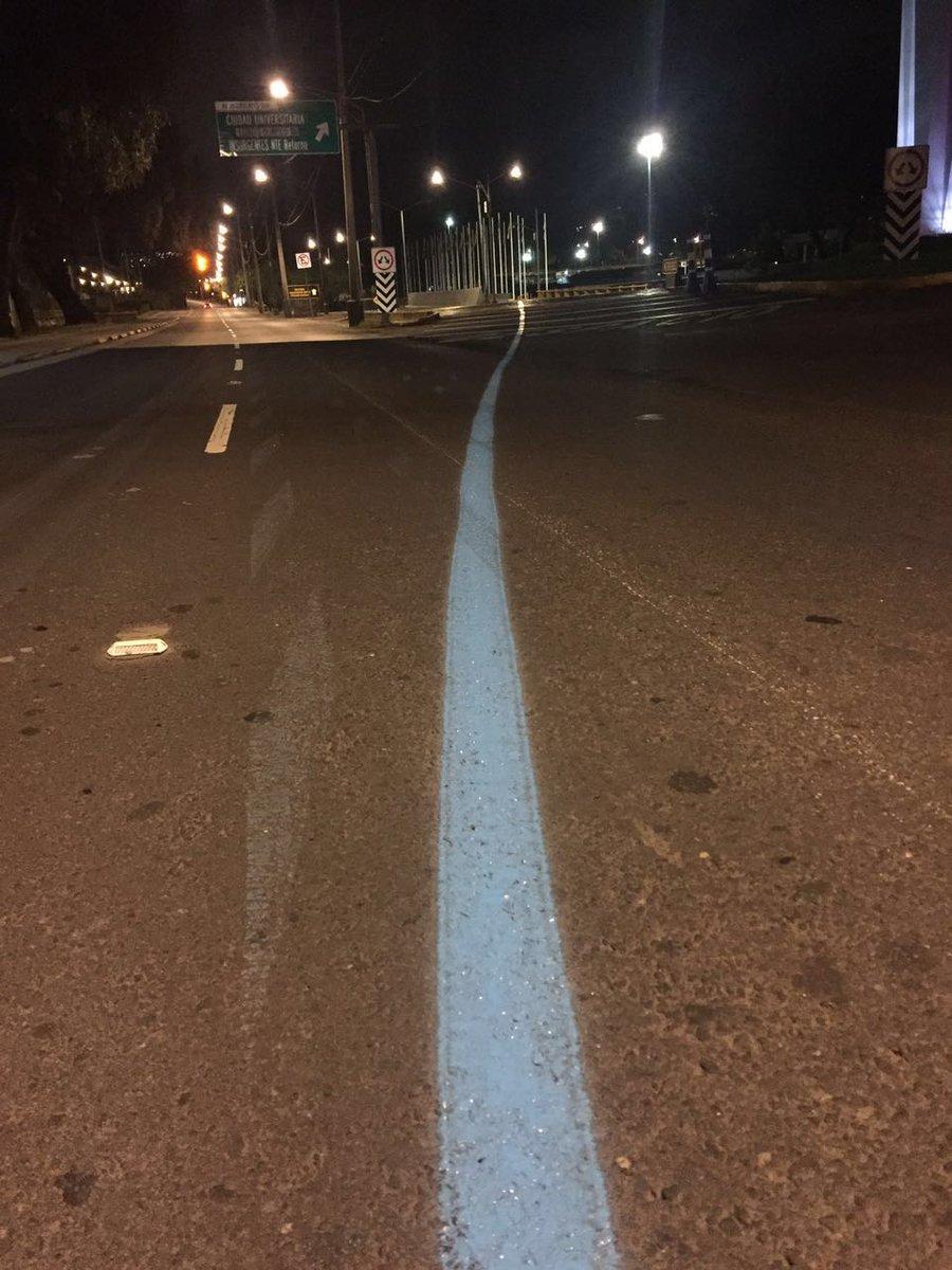 Lista la línea azul que separa a los hombres de los súper hombres en la piel de la CDMX. #MaratonCDMXTelcel https://t.co/a3eoWobozv