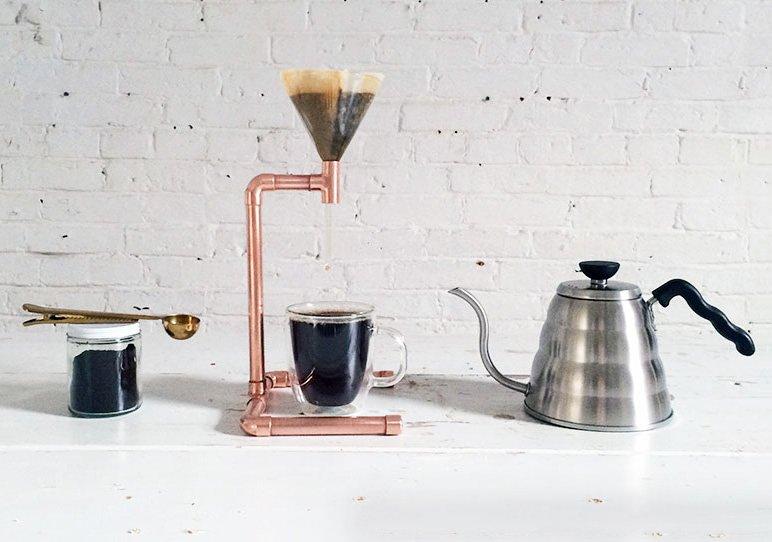 Fabriquer cette cafetière en cuivre sans soudure et sans outils électriques Fabriquer cette cafetière en cuivre sans soudure et sans outils électriques
