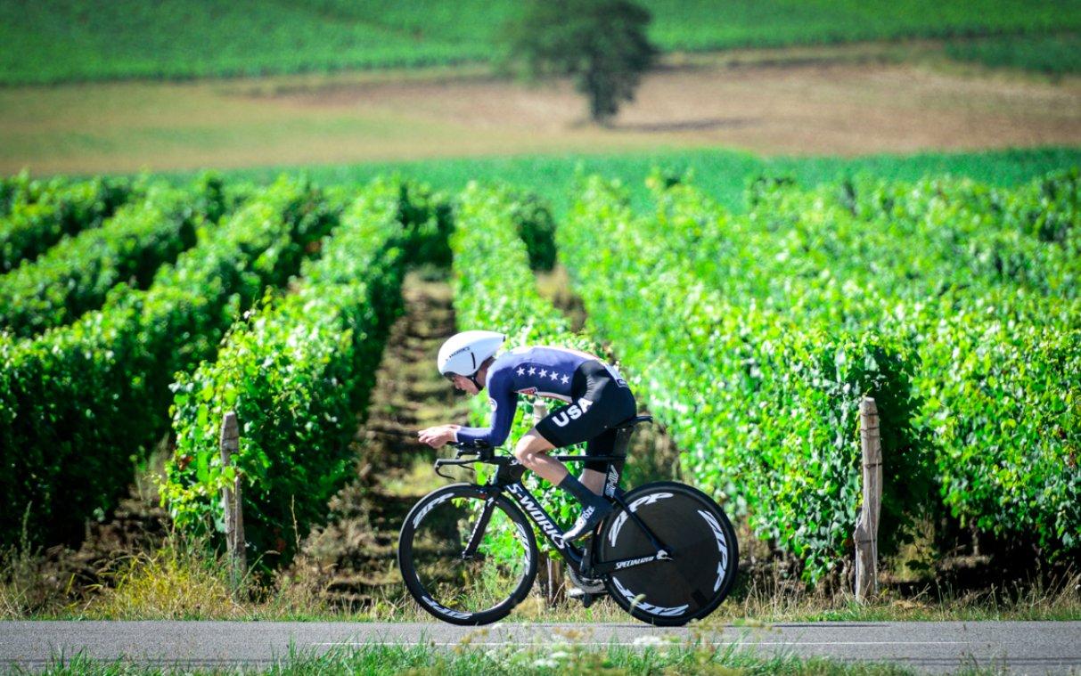 Thumbnail Credit (velonews.com): Tour de l'Avenir @tourdelavenir 2h2 hours ago Classe @AdrienCosta ! #TourdelAvenir