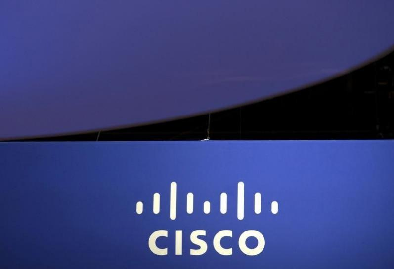U.S. Trade Rep approves import ban on Arista devices, says rival Cisco