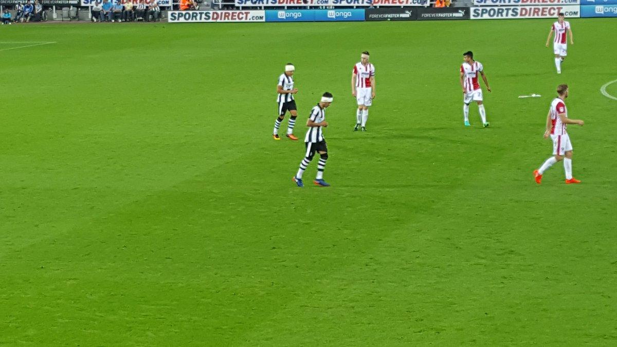 Newcastle v Cheltenham (22 Avgust) - Liga kup 2:0 CqkcMYVWgAAY4U8