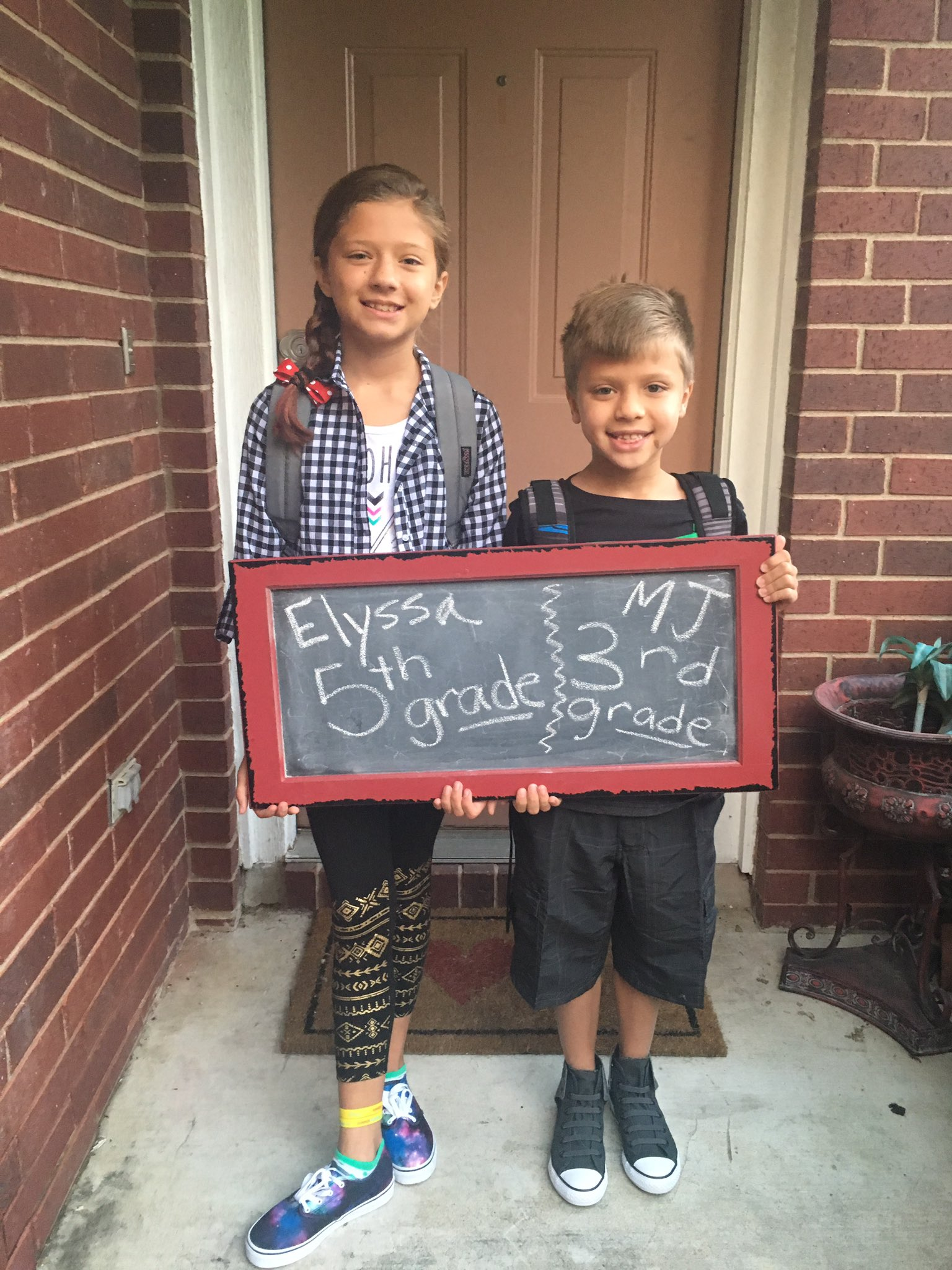 Happy first day of school everyone!! #BPECATS #firstdayofschool #awesome https://t.co/z4Kr5T2P6Y