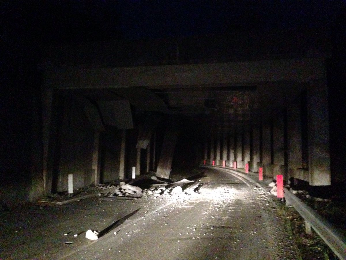 terremoto Crolli lungo strada per Norcia. Mandateci le vostre foto ...