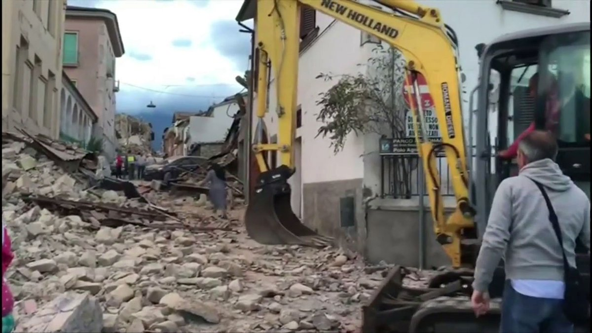 Reports of deaths, towns buried in rubble coming in from 6.1 central Italy quake