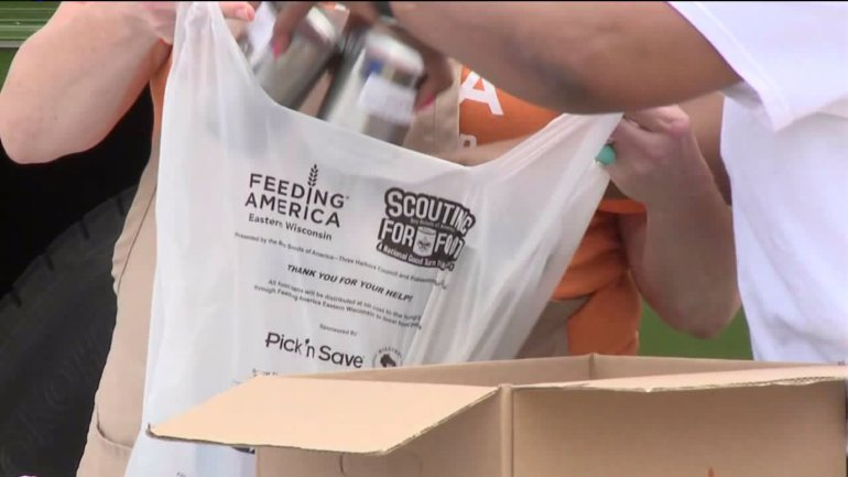 11,000 pounds of food handed out to those living near Sherman Park