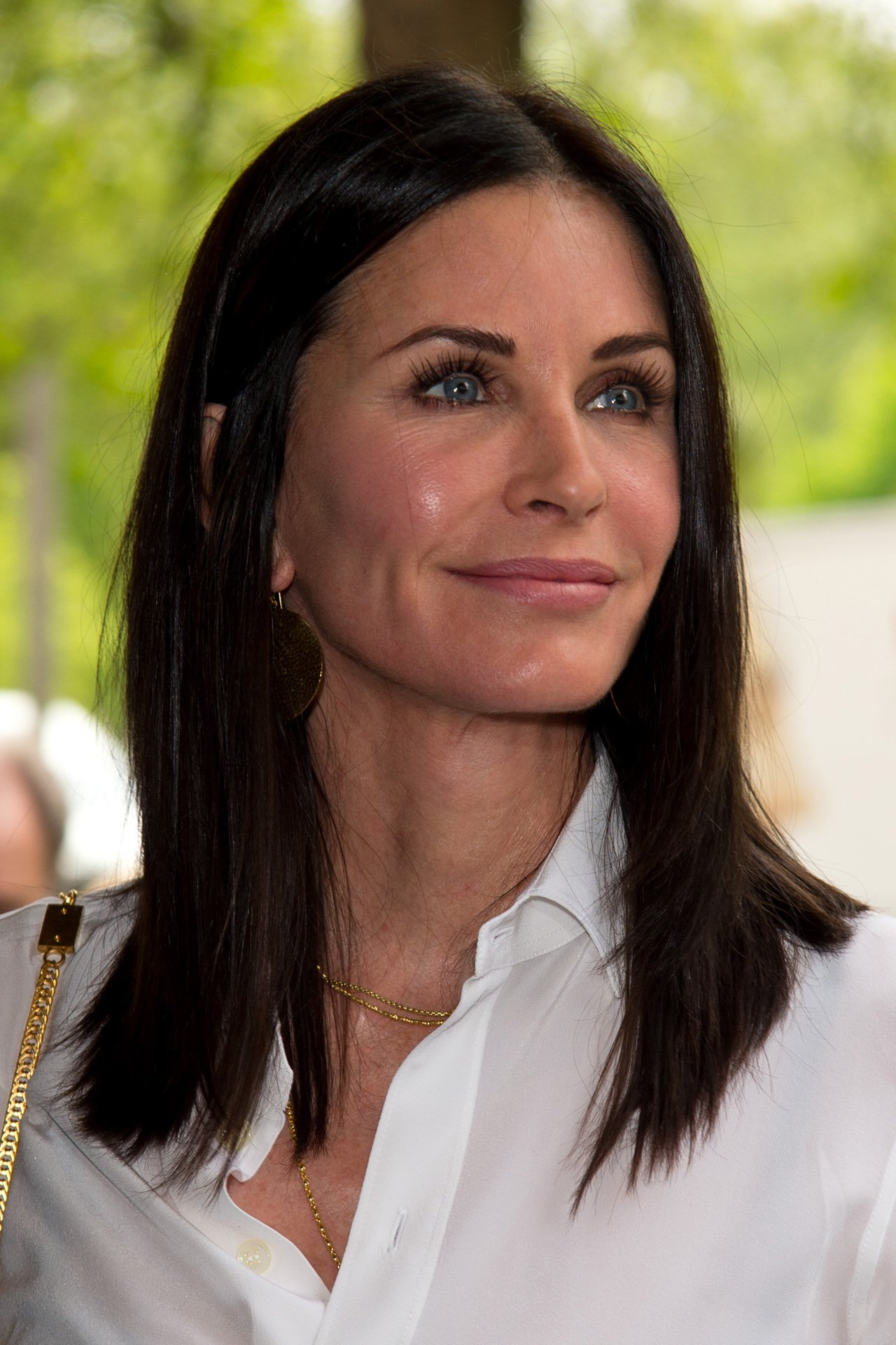 What does Courteney Cox have to say about her previous cosmetic procedures? https://t.co/jonvtLcbzy https://t.co/bt7kveo9Jy