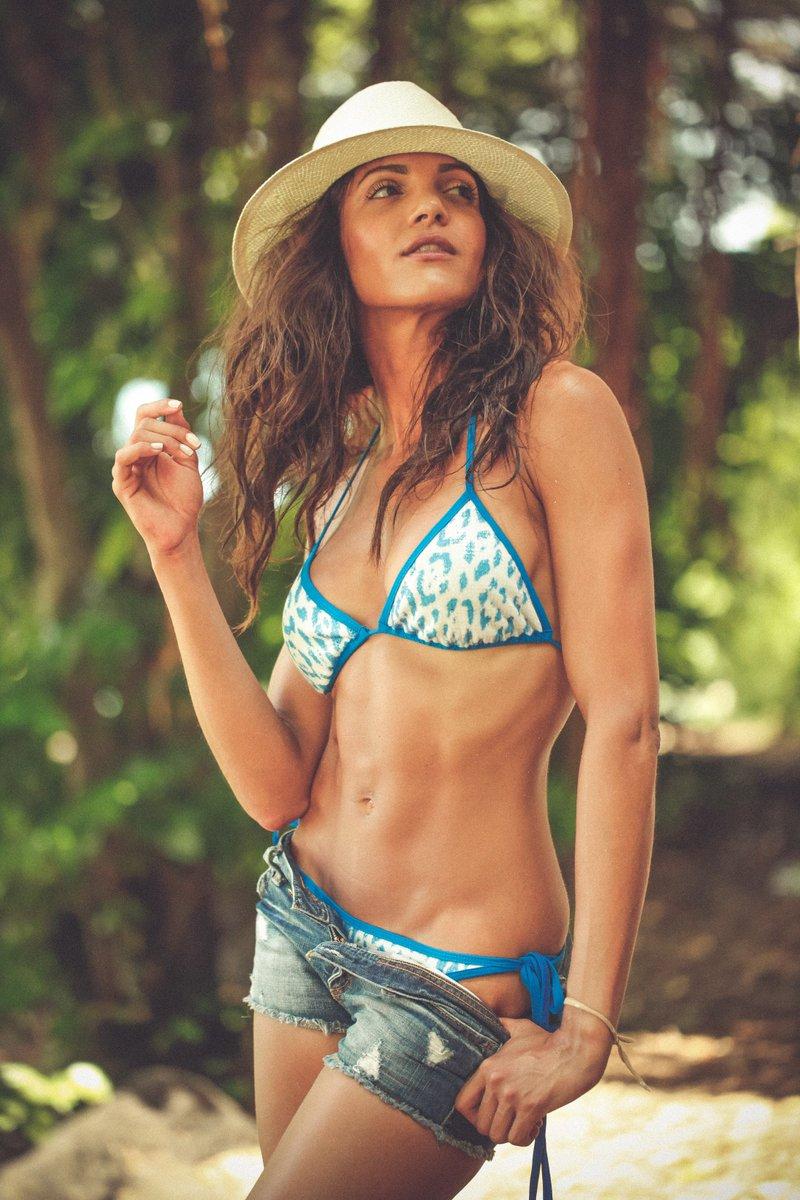 nude girls in mauritius