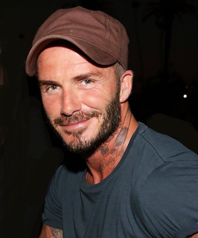 David Beckham puts on a gun show in Los Angeles: https://t.co/kqvK55czaF https://t.co/lSdF9zLxtR
