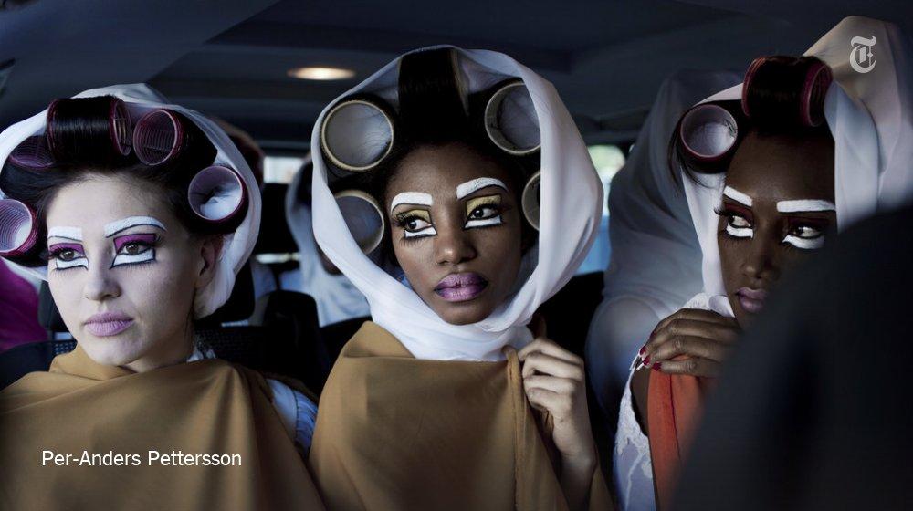 Africa's emerging fashion industry, in photos https://t.co/VBP0E0RnP7 https://t.co/3FjBYEhIxs