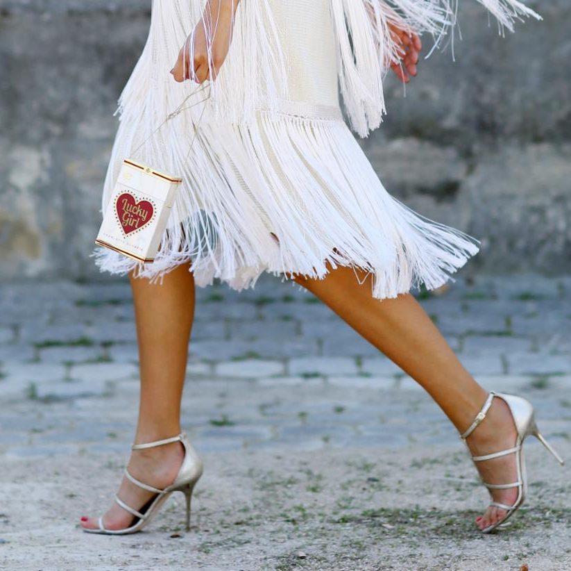 What colour shoes should I wear with a white dress? https://t.co/1zn3qPaikd https://t.co/eG9D0nqSa7