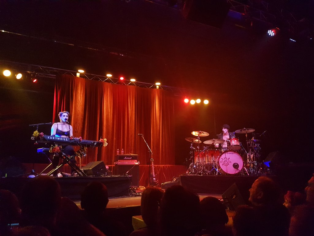 ladies and gentlemen, the dresden dolls HAVE RETURNED https://t.co/FzwC7bXx7r