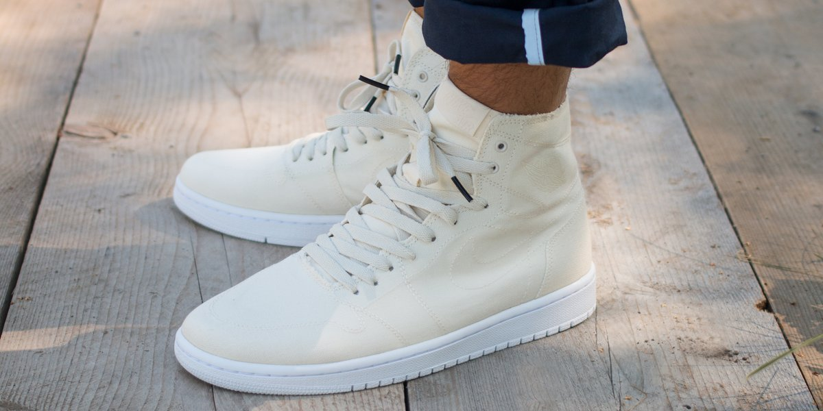new product 5adf7 14d4a air jordan 2 retro decon on feet
