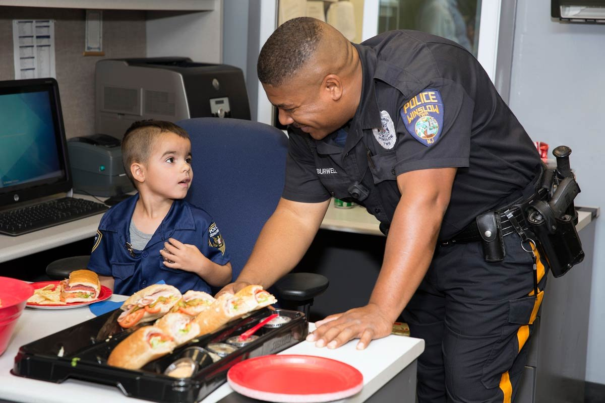 This 5-year-old used his allowance to buy lunch for South Jersey @winslowpolice