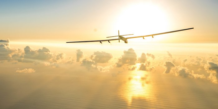 [NEW] The Story Of The World's First Global Flight Without Fuel, And How Social Media Helped https://t.co/5rGYmOUauR https://t.co/WIXsqReMch