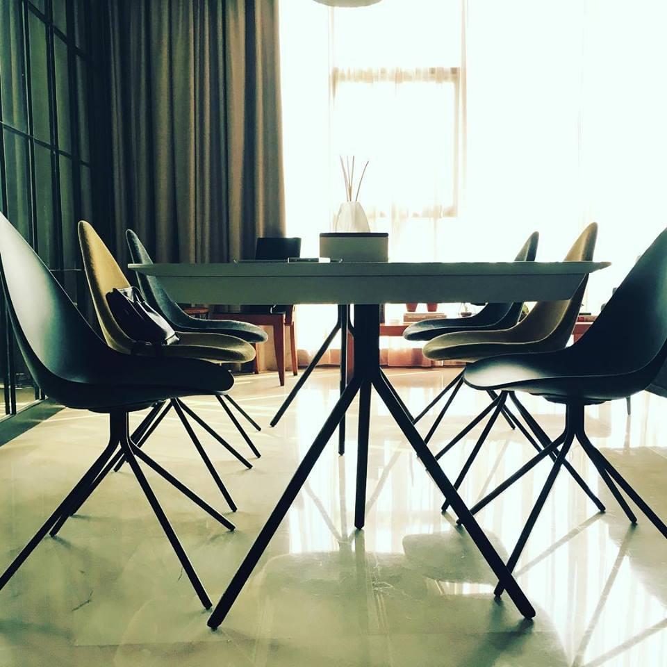 Pleasant Boconcept Pa Boconcept Pa Twitter Unemploymentrelief Wooden Chair Designs For Living Room Unemploymentrelieforg