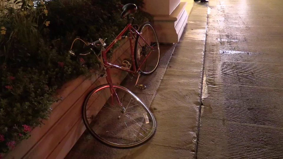 Bicyclist struck by wrong-way driver in Loop