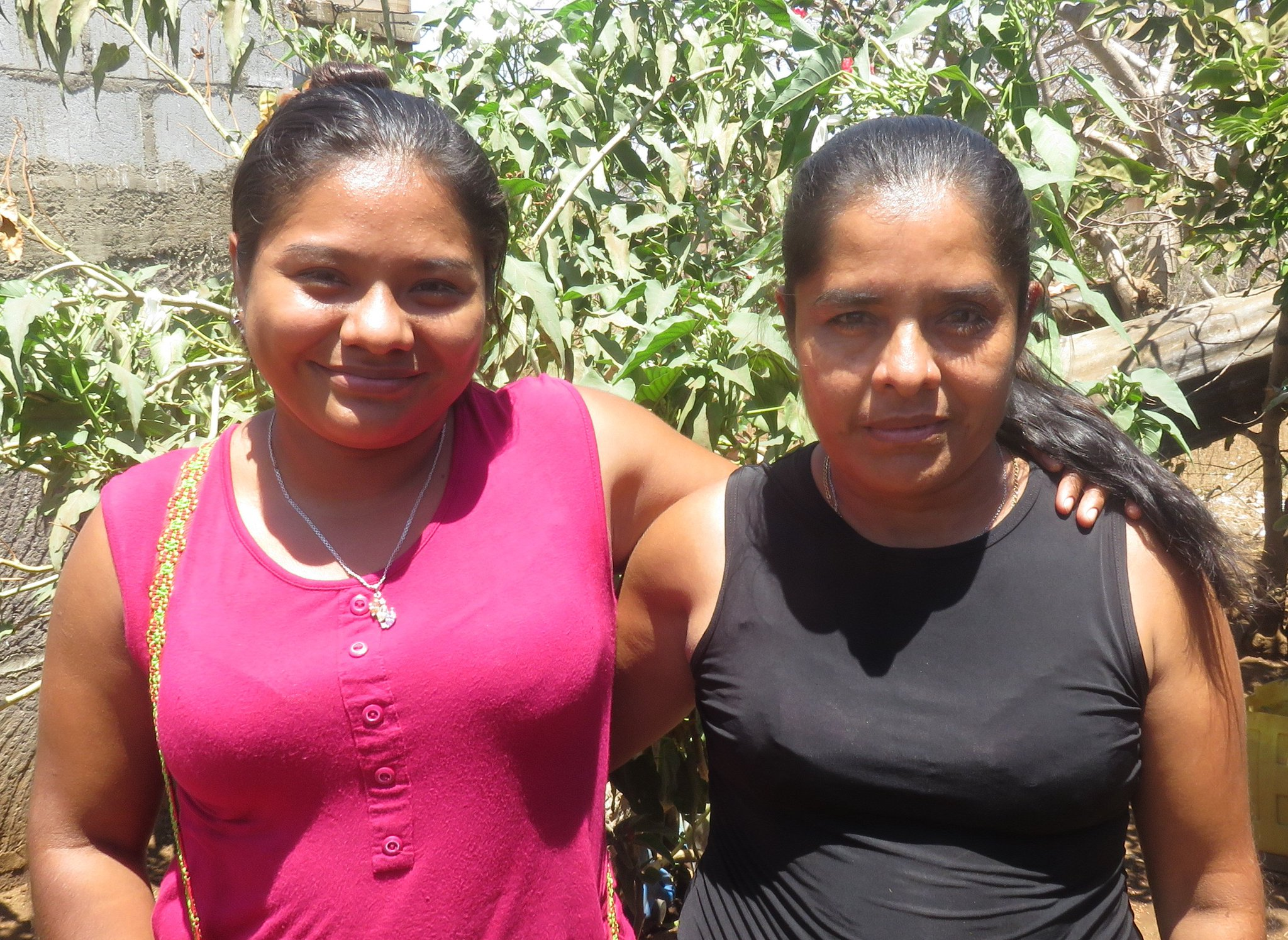 With the help of #ESPERA loans, sisters Verónica and Aracely own a clothing store in Nicaragua. #economicsolidarity https://t.co/gDG0h2xr8h