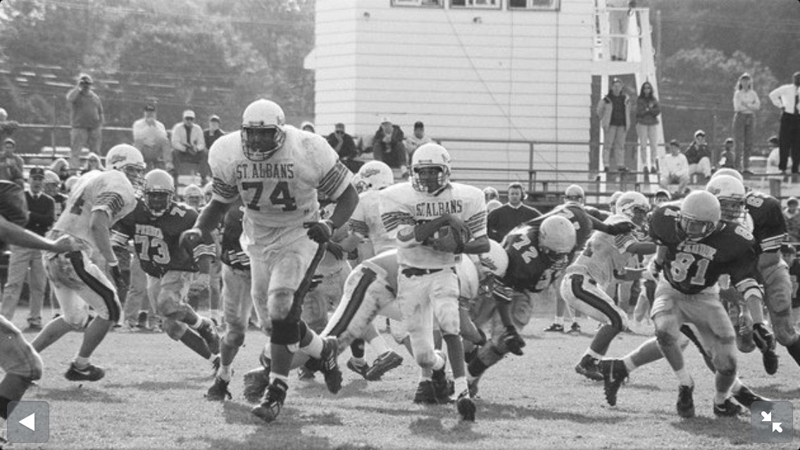Good luck this season @StAlbans_STA . #tbt #LetsPlayFootball https://t.co/sCICkgXwbJ
