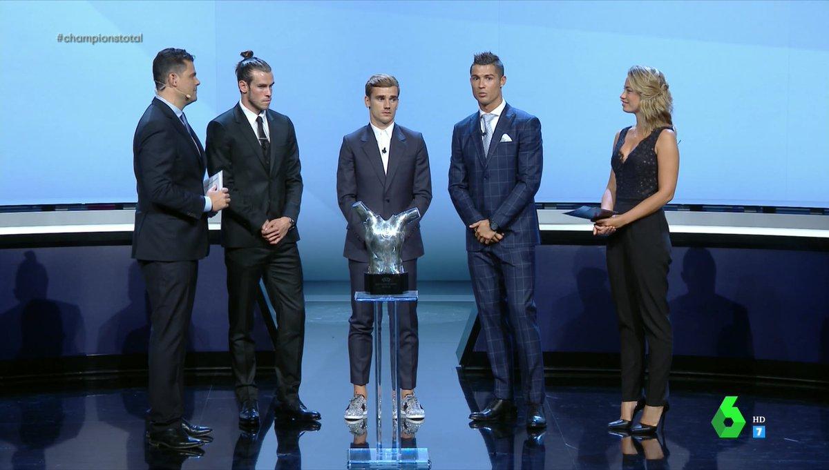 ¿Cuánto mide Antoine Griezmann? - Altura - Real height CquJkJgW8AEUFud