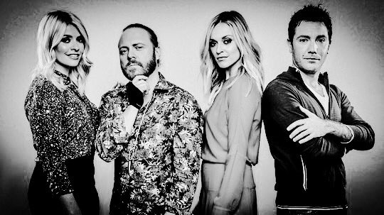 RT @SiGreg39: @CelebJuice back 8th September #Huuuuurraagh! @LeighFrancis @lemontwittor @hollywills @Fearnecotton @Ginofantastico https://t…