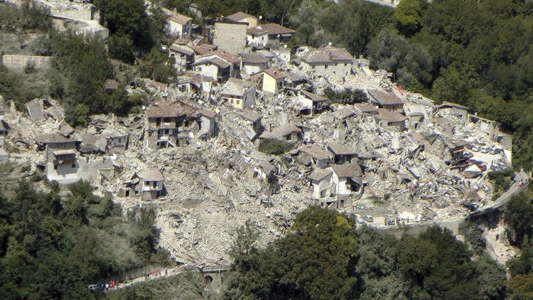 Destruction from Italy quake is a grave warning for California's old brick buildings