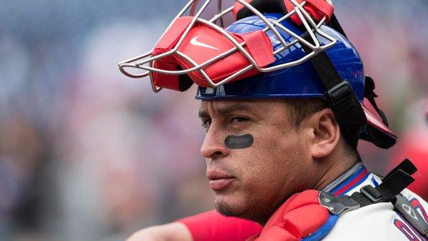 Phillies trade Carlos Ruiz to Dodgers
