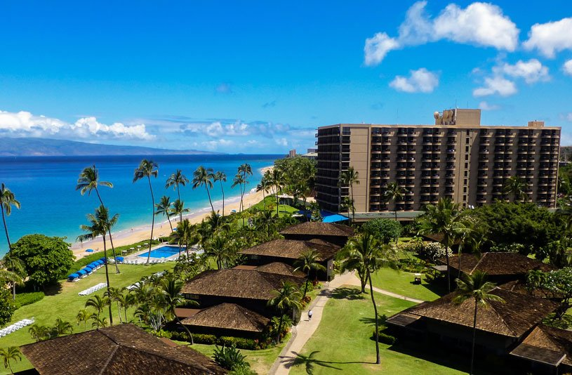 Enter to win a trip for two to Maui with accommodation at @KaanapaliMaui #Hawaii #WestJet https://t.co/FNSphFyQkX https://t.co/VCk2dZ8xhz