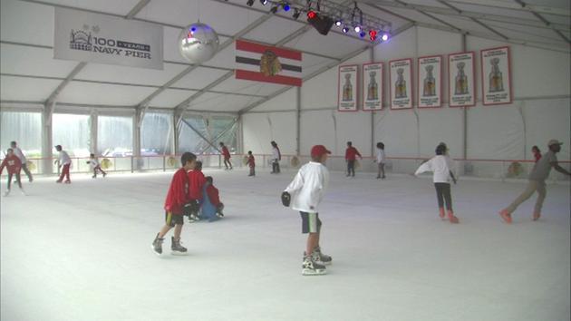 Blackhawks partnering with Navy Pier ice rink...
