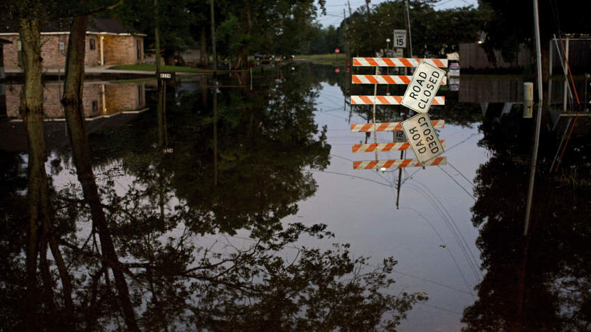 Volunteers from Illinois boost Red Cross relief efforts in Louisiana