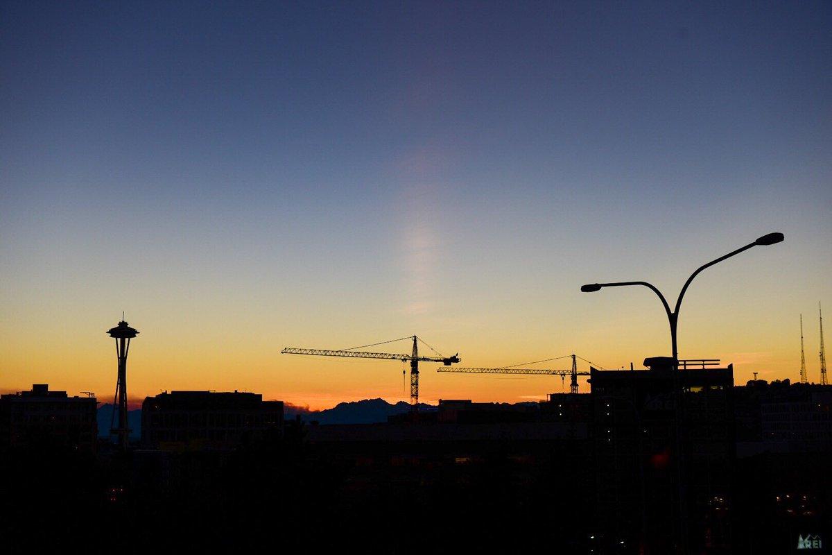 Tonight in Seattle: an urban sunset delight :-)
