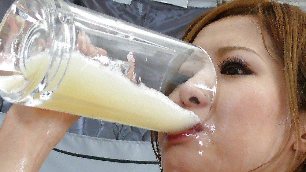 Шлюха пьет белковый коктейль, жена после секса на стороне видео