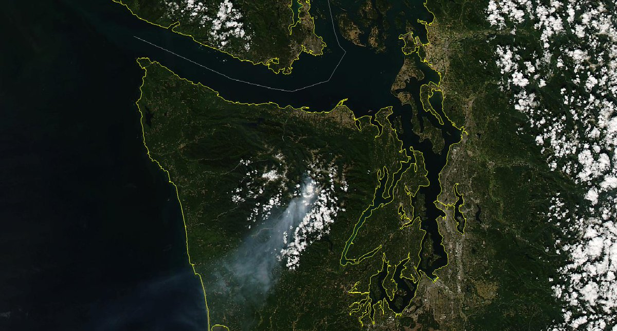 Hi res image of smoke over the Olympics carried offshore. Wind shift may push it toward Puget Sound on Fri. wawx