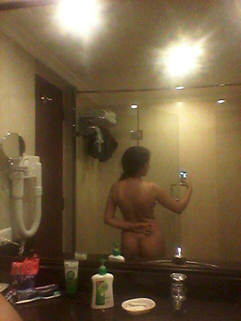 Nude Selfie 7984