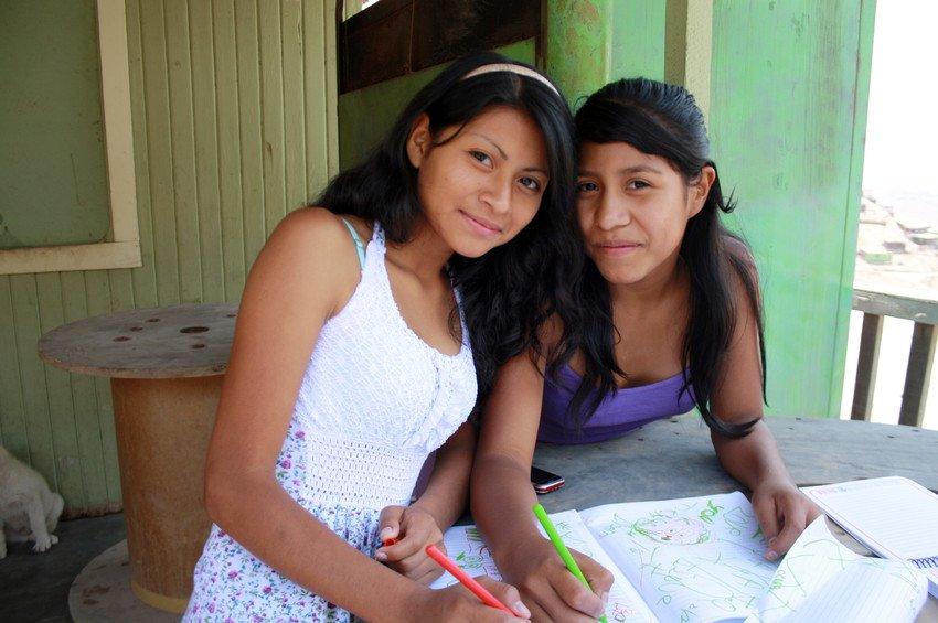Lima girls