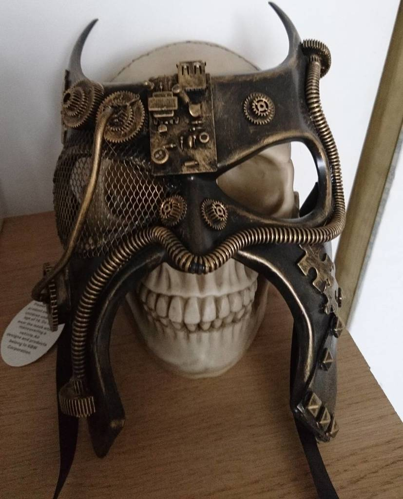 #Steampunk Awesome of the Day: #Dieselpunk-ish #Mask with Wire, Cogs & Puzzle Pieces by @LNDBelow #SamaCuriosities