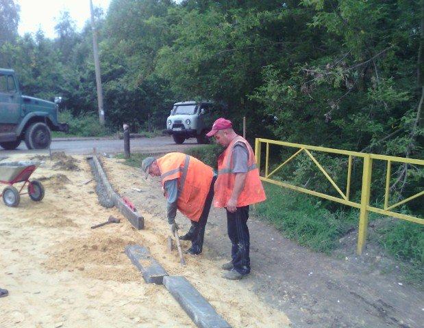 Продолжаются работы по благоустройству родника на ул.Чкалова