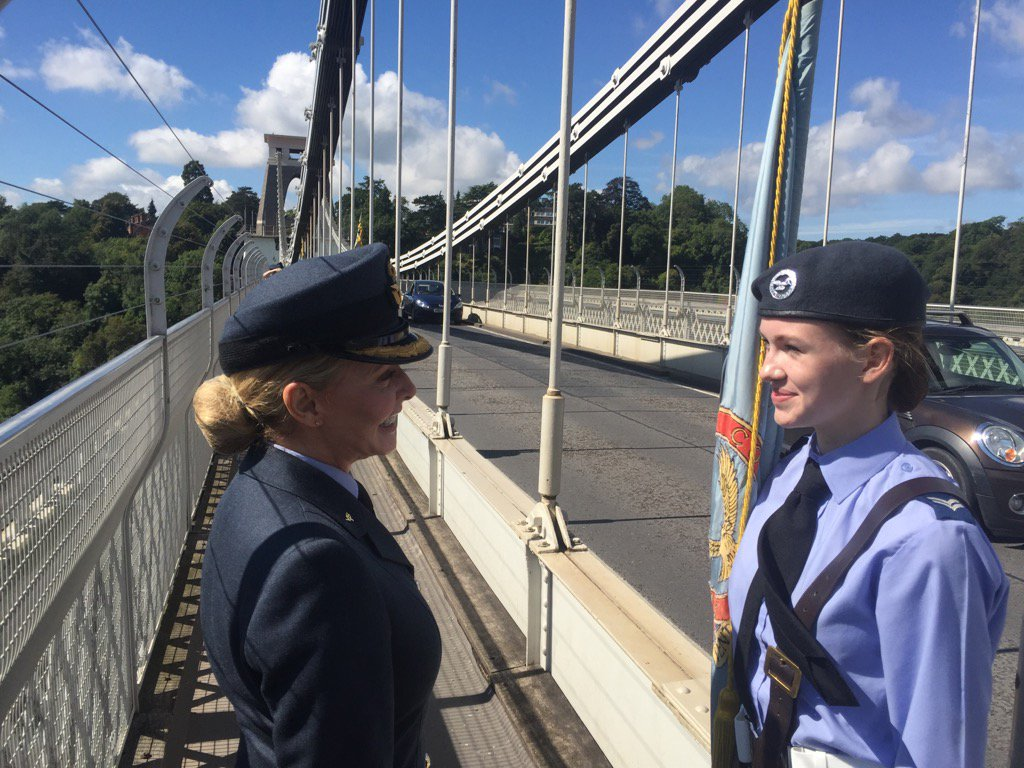 A wonderful time today on Clifton Suspension Bridge with @aircadets handing over our 75th Anniversary torch x https://t.co/1M9eTdzoAI