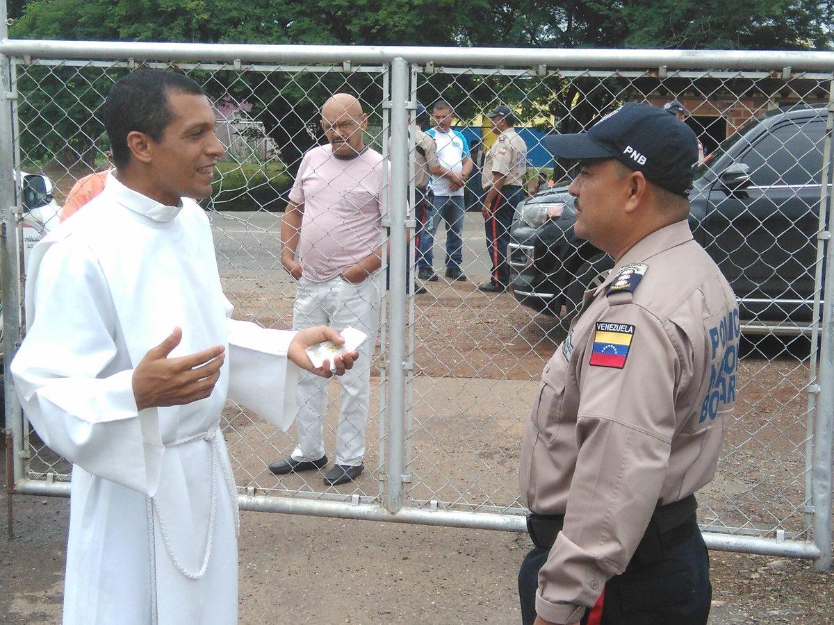 Gobierno de Nicolas Maduro. - Página 12 CqzA4HxWgAAWVLS