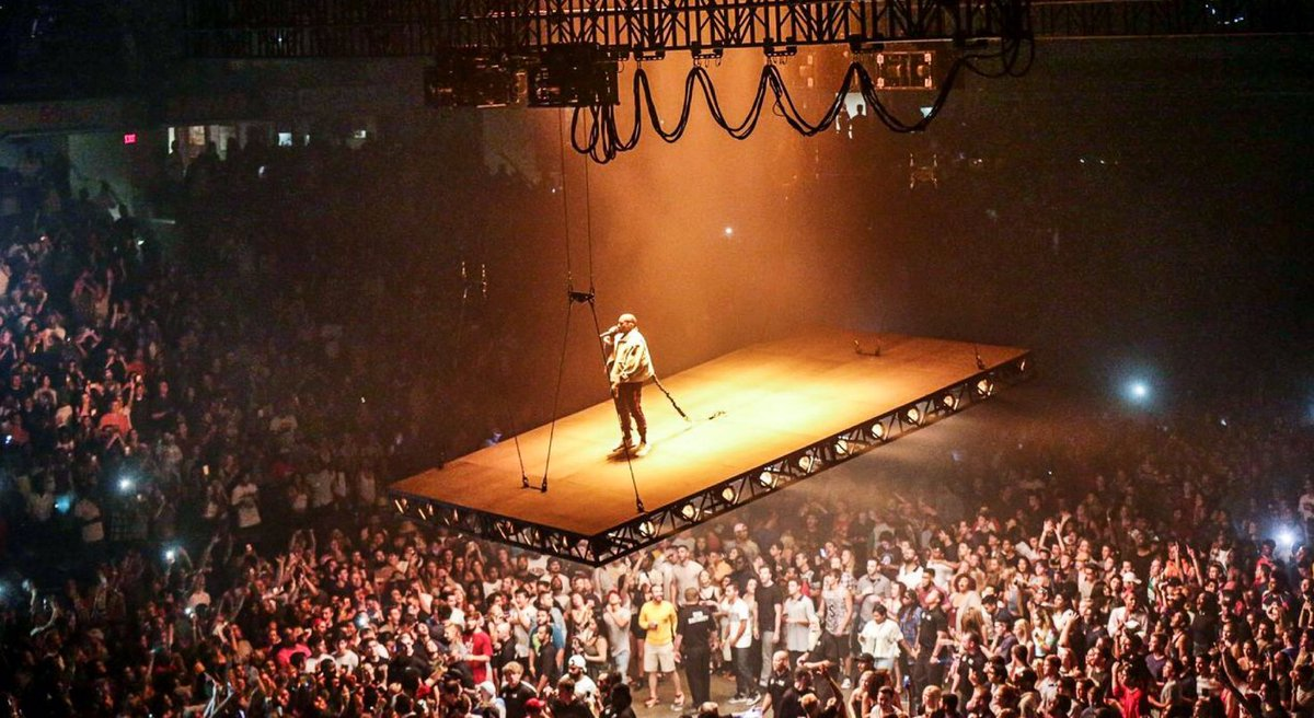 Good Will Kanye Will Bring His Flying Stage To The @tdgarden?  Http://www.thebostoncalendar.com/events/kanye West The Saint Pablo Tour  U2026pic.twitter.com/gHFk3qNBya