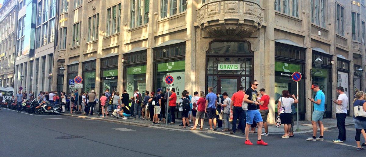 Rb Leipzig On Twitter Riesen Ansturm Im Fanshop Am Neumarkt Die